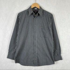✨3/$25✨ Beverly Hills Polo Club Dress Shirt - M